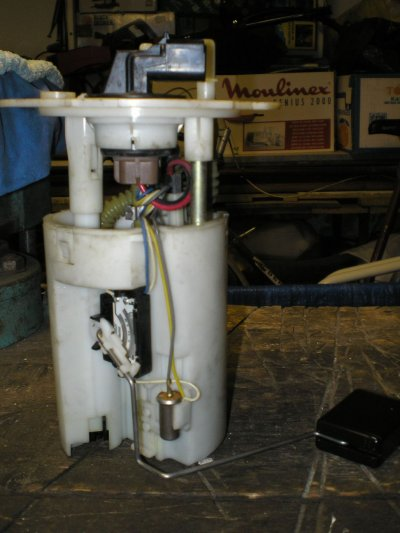 A komplett, kiszerelt AC pumpa